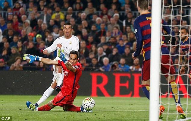 Bufera post-Clasico: Barcellona denunciato per insulti omofobi a Cristiano Ronaldo