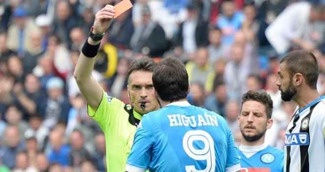 Udinese-Napoli 3-1, pagelle / Higuain simbolo del Calvario. La fine di un sogno? Pagellisti divisi