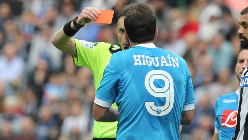 Higuain alla Juventus: non è un tradimento, è un affare. Anche se fa male