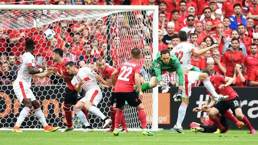 Basta un gol alla Svizzera: 1-0 all'Albania di Hysaj, ottima partita per il terzino azzurro