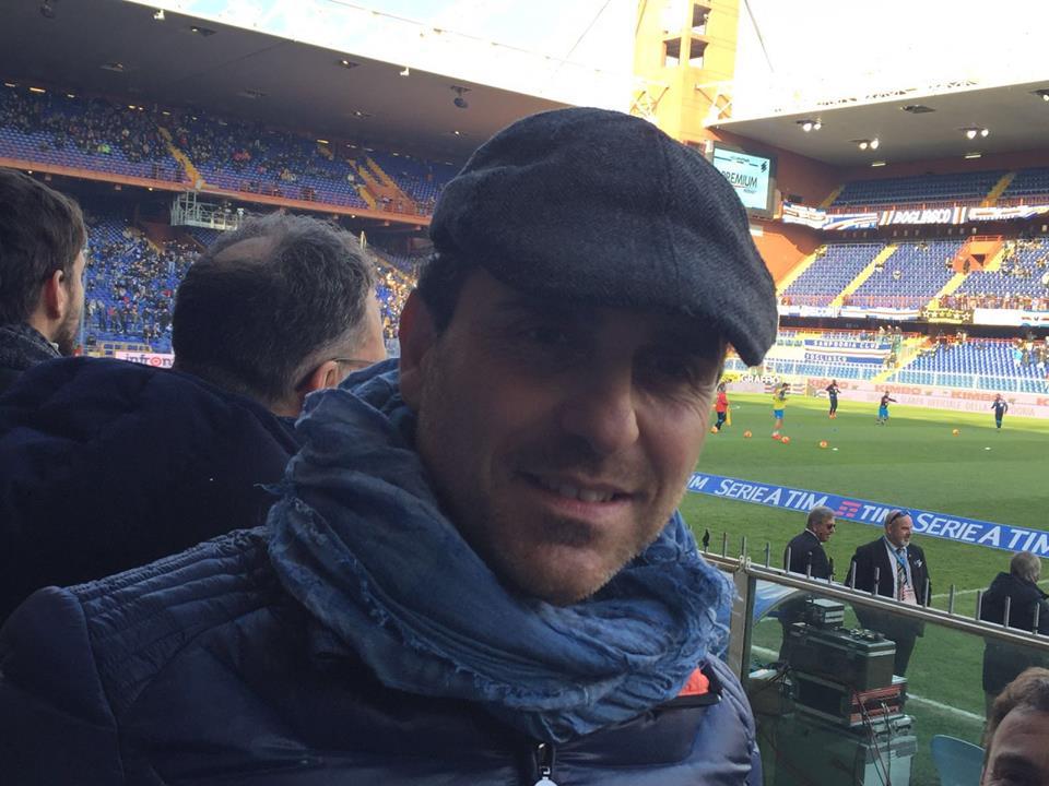 «Io, tifoso napoletano cacciato dallo stadio a Genova per aver reagito ai cori razzisti. Incredibile come la realtà possa essere distorta»