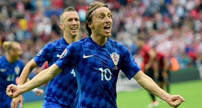 Croazia-Turchia 1-0, gran gol di Modric nel primo tempo. Strinic in campo per novanta minuti