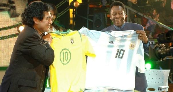 Maradona e Pelé si sfidano ancora, come allenatori: domani sulle due panchine della Partita della Pace