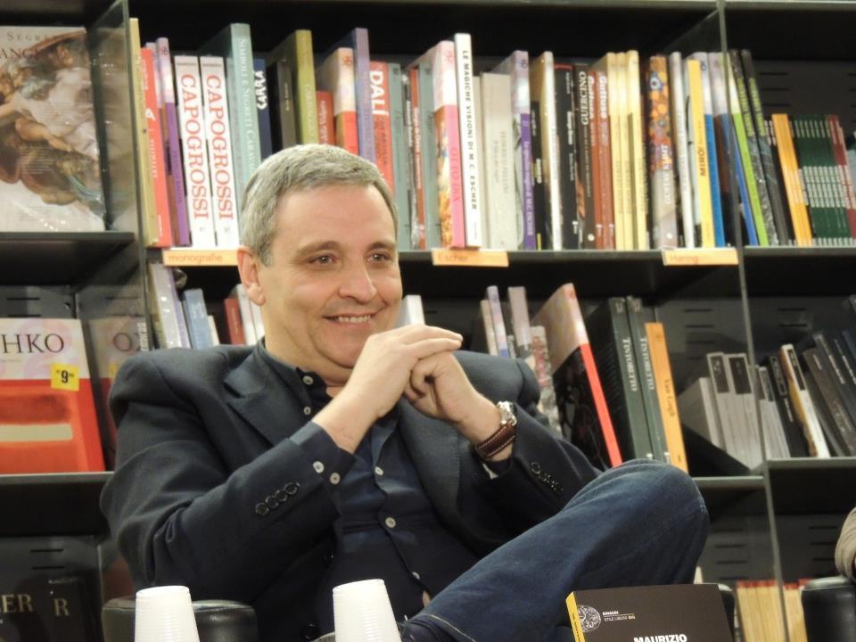 La Rai mette al bando Maurizio de Giovanni dopo l'articolo sul Mattino: ospite indesiderato. Lo scrittore ironico: «È dura, ma ne verrò fuori»