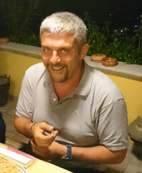 Nicola, vigile del fuoco napolista: «Mio figlio è interista, quand'era piccolo era Adriano-Vieri contro Varricchio»
