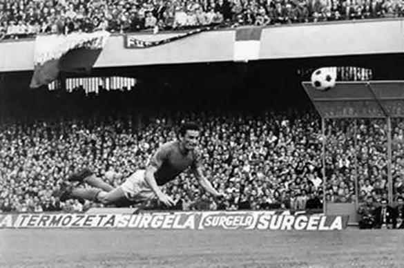 Il Cagliari è per sempre Gigi Riva, la bandiera che Ferlaino provò a portare a Napoli