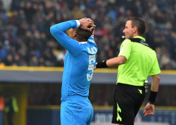 Garcia spegne Jorginho e blocca il Napoli. Zero a zero con due palle gol per Hamsik e una rete annullata alla Roma