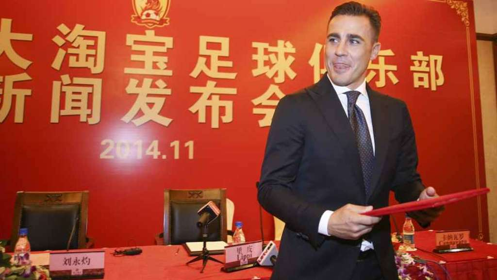 Hamsik e la Cina, Cannavaro tira sul prezzo col giochino della napoletanità
