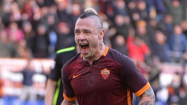 Roma-Napoli 1-0, segna Nainggolan a due minuti dalla fine. Giallorossi a due punti