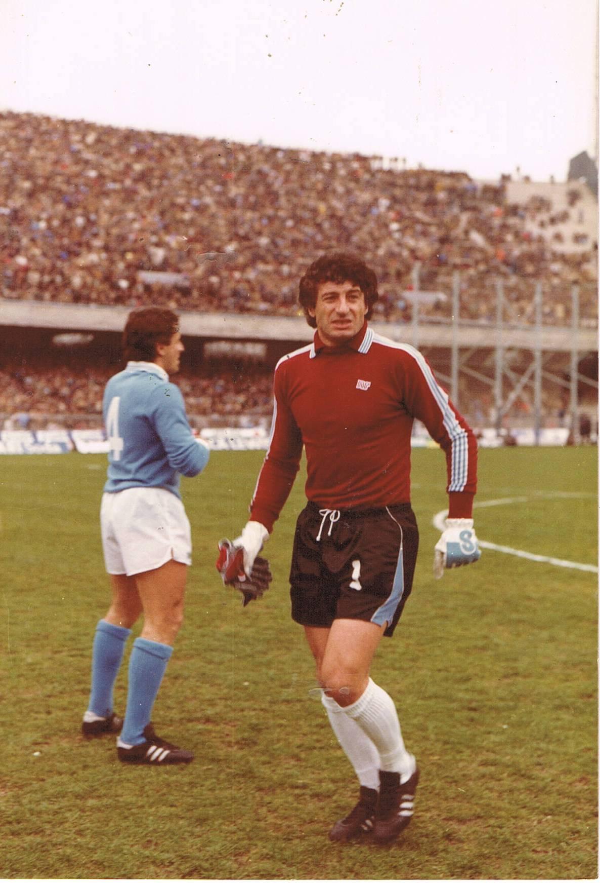 Castellini e quel rinvio sospetto che fece nascere il gemellaggio tra Napoli e Genoa