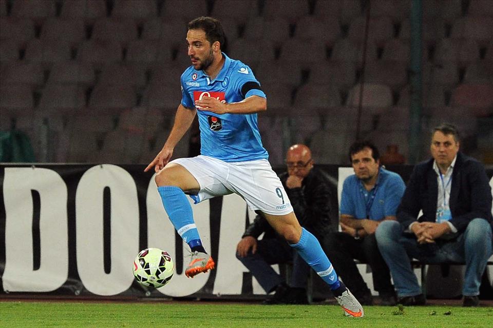 Il Napoli perde al San Paolo la sfida-Champions con la Lazio e retrocede al quinto posto