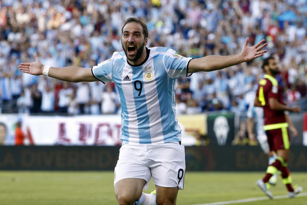 Doppietta di Higuain in 28 minuti. Argentina-Venezuela 4-1 (video)