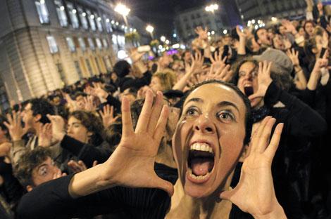 Dopo aver eliminato Benitez, gli indignados di Napoli vogliono eliminare De Laurentiis? Siamo un popolo di autolesionisti