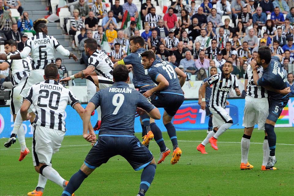 Juventus-Napoli 1-0, pagelle / Allan sembra il doppio di Pogba. Jorginho tesse la tela come un ragno. Leviamo il microfono a Maradona