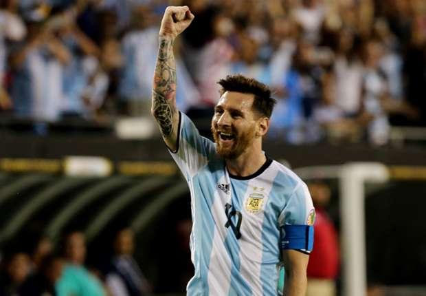 Argentina-Panama 5-0: è arrivato Messi (tripletta), assist involontario di Higuain