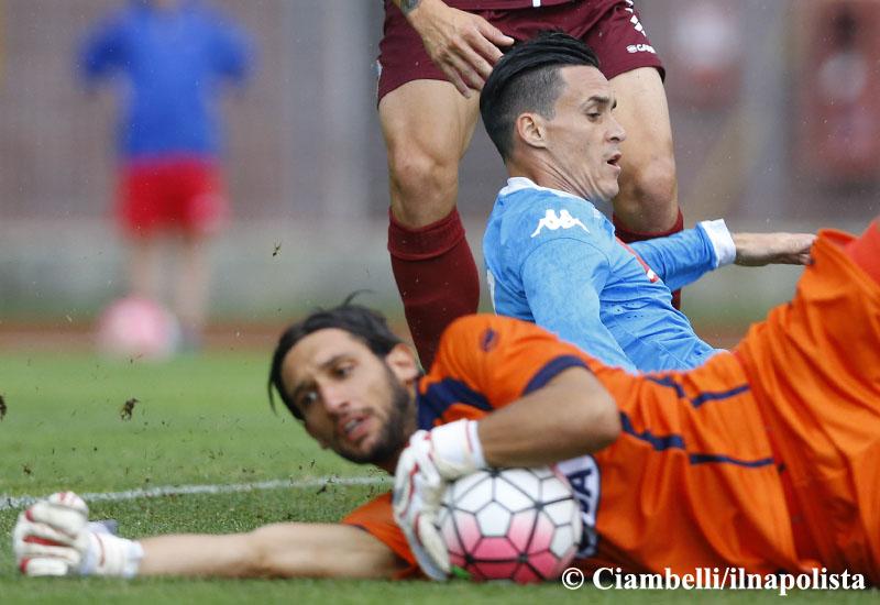 Callejon è sempre uguale ma insostituibile: il Napoli gira e girerà intorno a lui