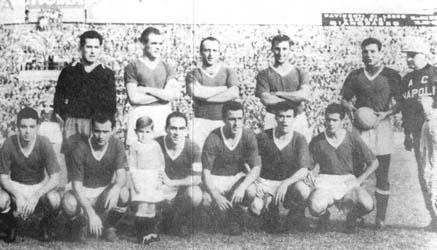 Il Napoli del 1958, l'anno in cui il 10, Pesaola, ci portò al quarto posto