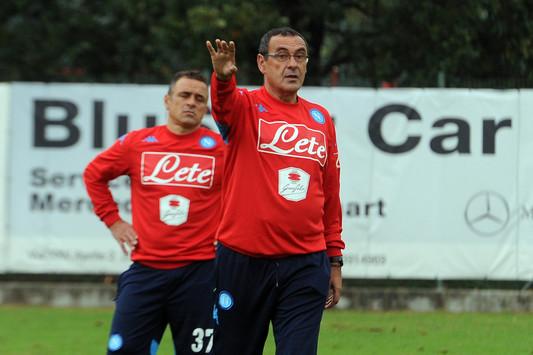Un po' Verona di Bagnoli, un po' Barcellona di Guardiola: è il Napoli di Sarri. Al di là di come finirà, lui ha già vinto