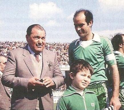 È morto Sibilia, il presidente dell'Avellino che premiò Cutolo e lasciò il calcio perché «è finito in mano ai procuratori»