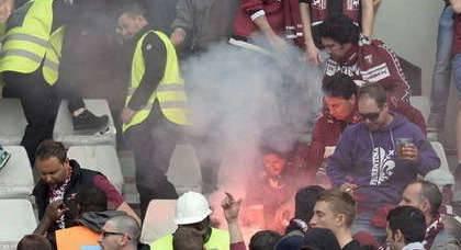 Condanna definitiva al tifoso juventino che lanciò bomba carta in Torino-Juve