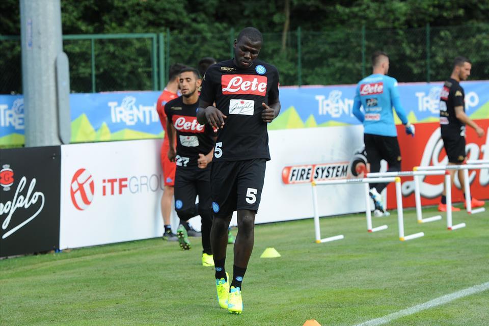 Napoli, Everton pronto a offrire 40 milioni di euro per Koulibaly