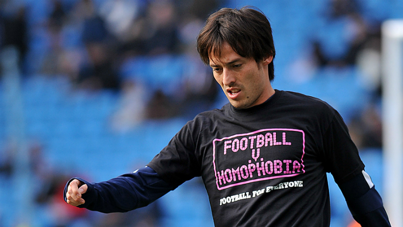 In Inghilterra, febbraio è il mese di «Football Vs Omophobia». Le manifestazioni della Premier League e della Football Association