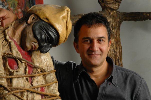 Lello Esposito: «Il mio primo Pulcinella lo feci col Das. Giro il mondo con Napoli, lei mi ha nutrito. Oggi in città c'è tanta energia, i turisti la sentono»