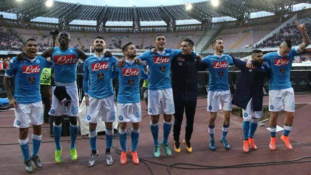 Napoli-Carpi 1-0, pagelle / Callejon migliore in campo con Koulibaly. Higuain mostra due zebedei enormi. Sabato menù a base di identità partenopea
