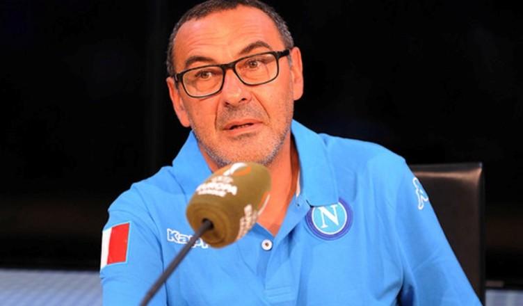 Sarri: «Non penso sia giusto inserire tutti insieme 6-7 calciatori nuovi in una formazione già rodata»