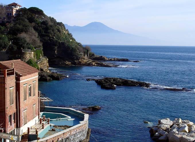 Vedi Napoli e poi traccheggi: il pranzo in città di Milik, il «quasi» di Zielinski