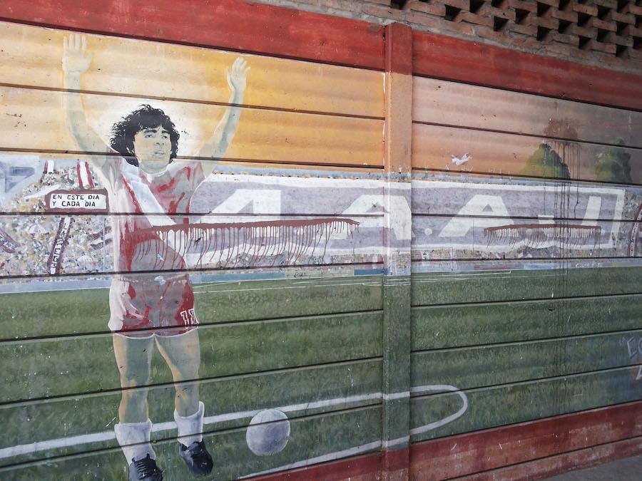 Nell'Estadio Maradona, casa dell'Argentinos Juniors, dove si tifa al ritmo di Grignani