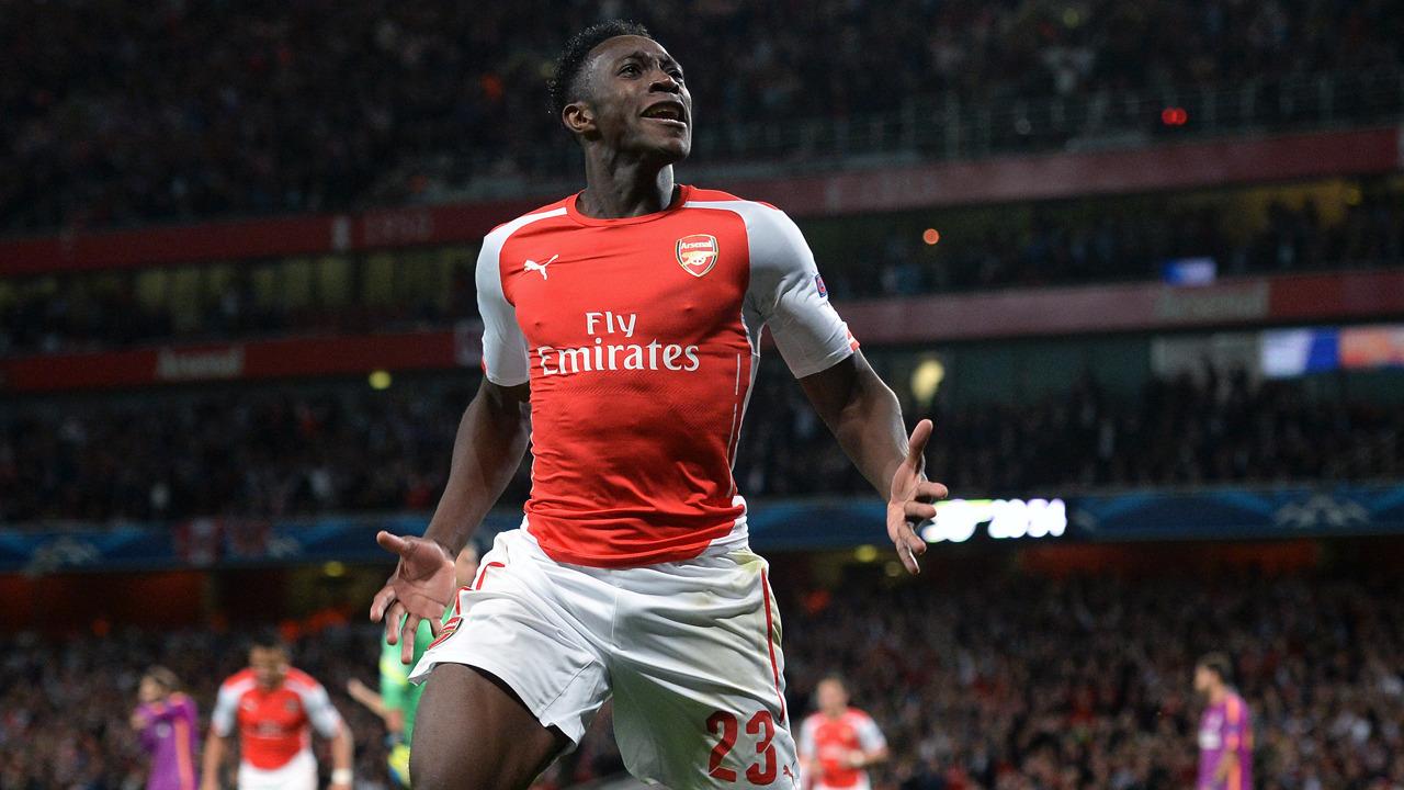 Arsenal-Leicester 2-1. Gol al 95esimo di Wellbeck, Gunners a due punti da Ranieri