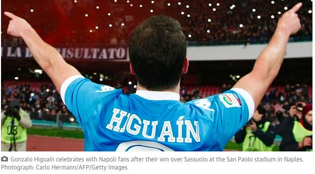 Il Guardian sdogana definitivamente Higuain: «È nell'olimpo dei centravanti, rasenta la perfezione»