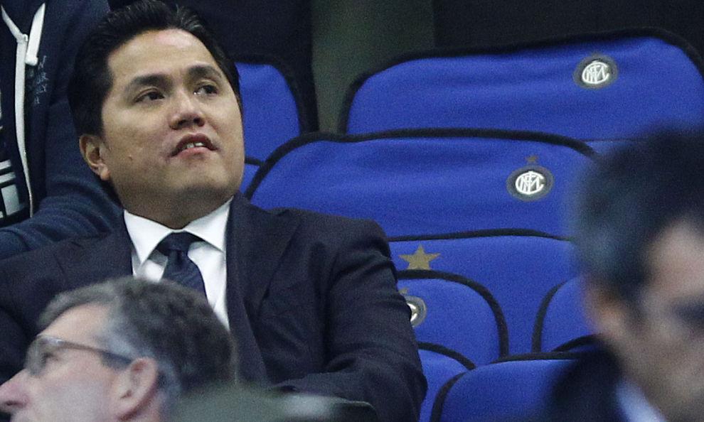Thohir vuole vendere l'Inter prima che i debiti lo travolgano