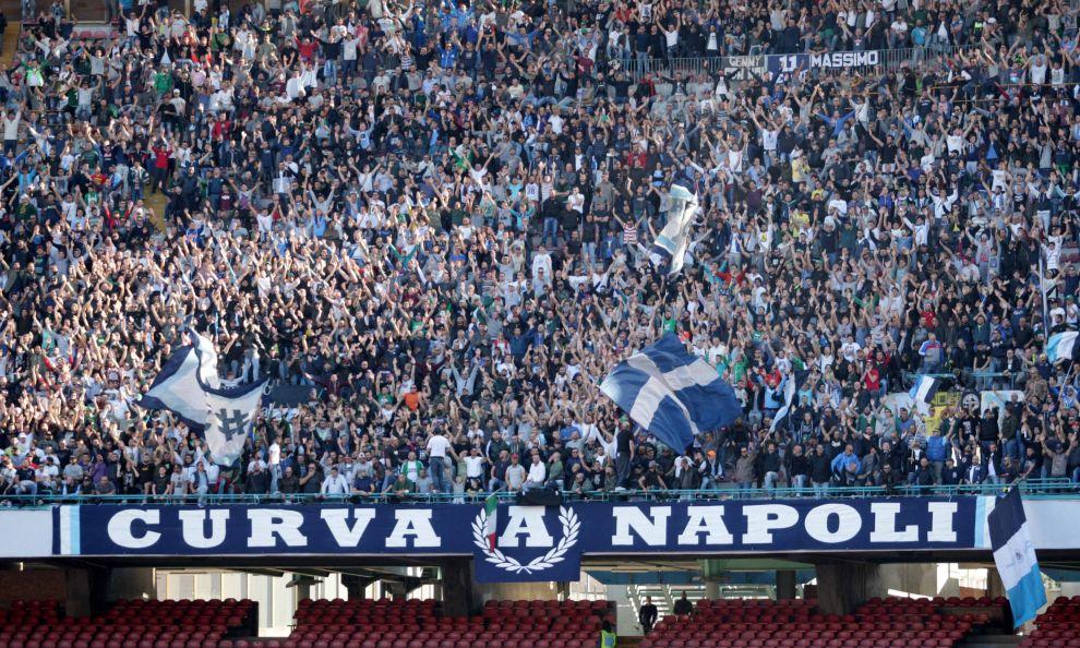 La Curva A: «L'infamia del business del calcio che vuole dimenticare 30mila morti»