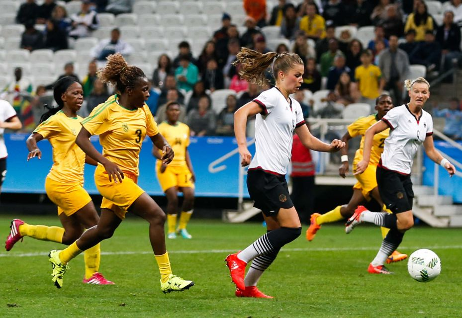 Olimpiadi calcio femminile / Goleada Germania, Svezia a fatica