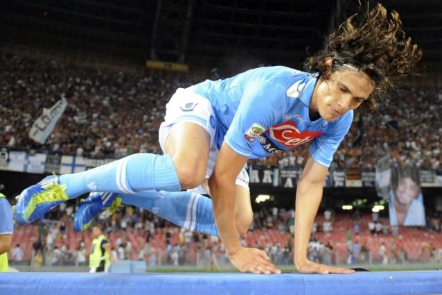 Cristiano Ronaldo alla Juventus: il Napoli può rispondere solo con Cavani