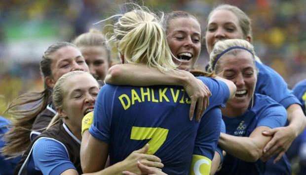 Calcio femminile: Svezia batte il Brasile e va in finale contro la Germania