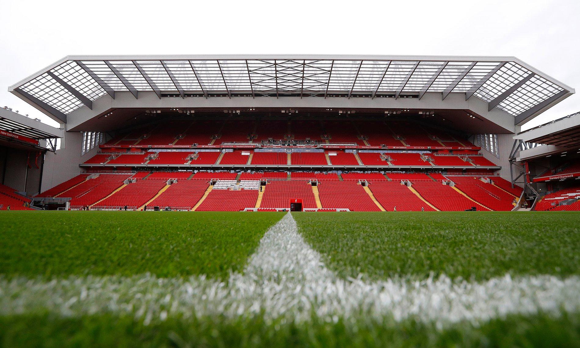 Le foto della nuova Main Stand di Anfield Road