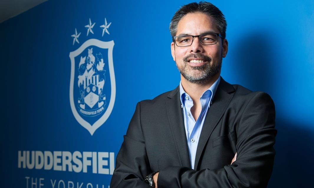 Wagner, il tecnico che allena l'Huddersfield dove non ci sono né elettricità né cibo