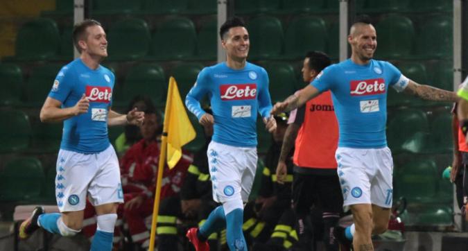 Palermo-Napoli 0-3, segnano Hamsik e due volte Callejon. Vittoria da grande squadra