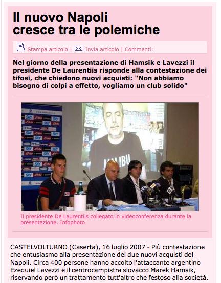 «Basta illusioni, fuori i milioni»: i tifosi del Napoli contro De Laurentiis per Hamsik e Lavezzi
