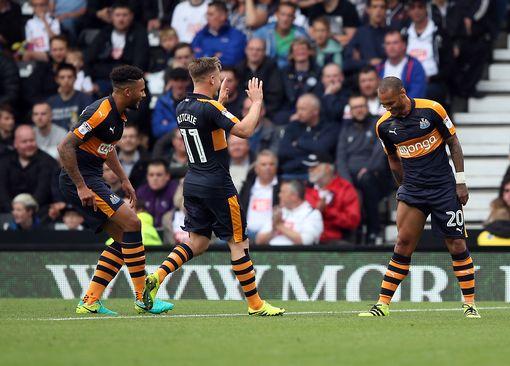 Derby-Newcastle 0-2, quarto successo consecutivo e secondo posto per Benitez
