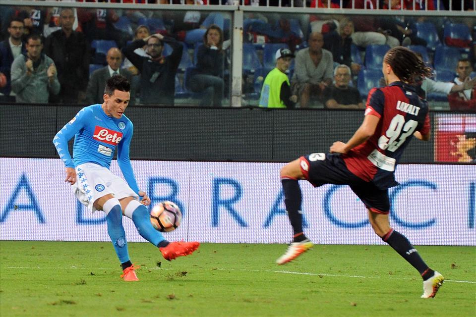 Callejon manca l'appuntamento con il gol con la stessa nonchalance della Raggi con Malagò