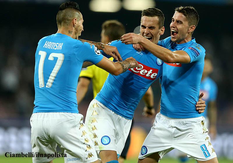 """La Uefa celebra il Napoli: """"In dieci anni nessun club italiano è cresciuto tanto"""""""