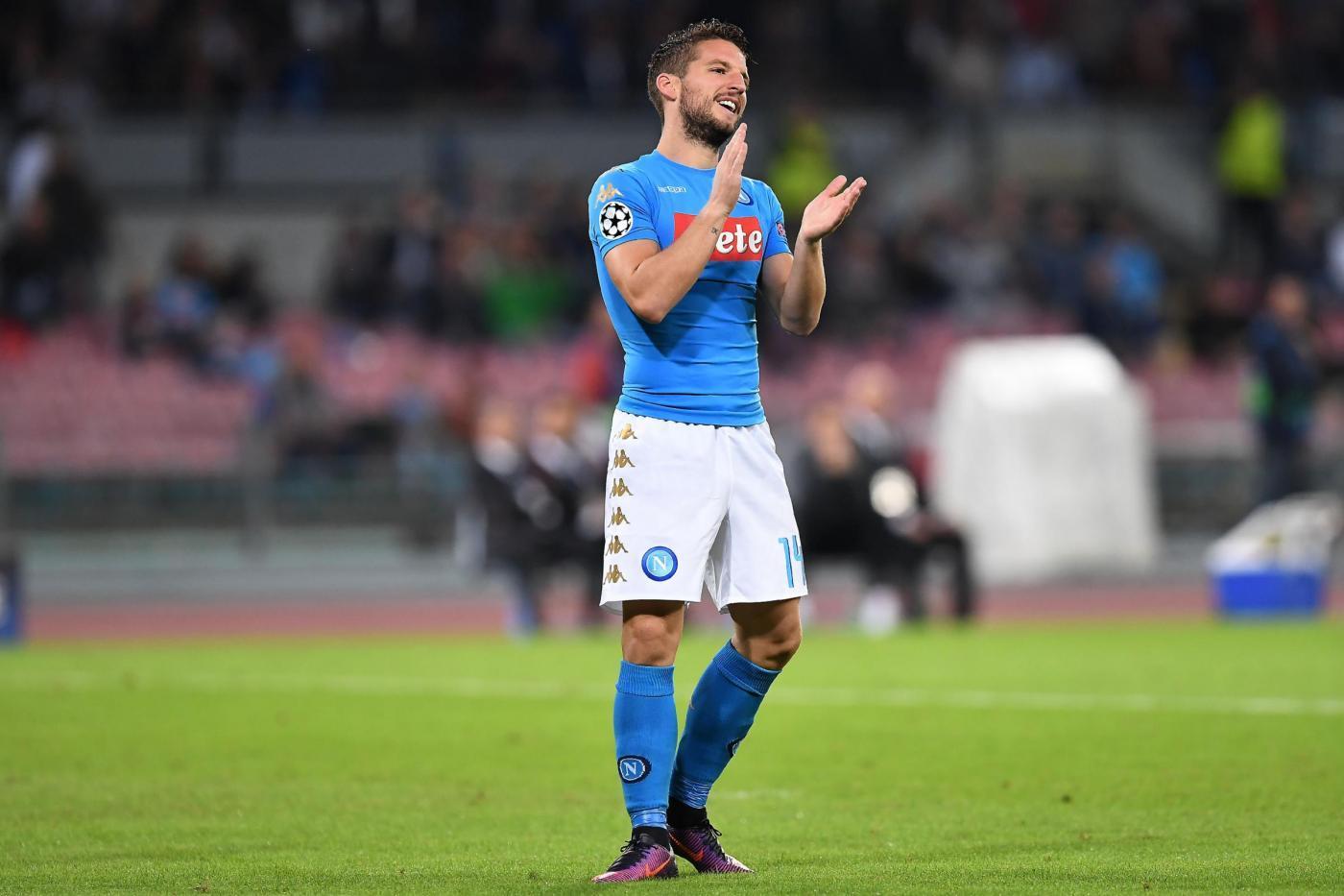 Napoli-Empoli 2-0, Mertens e Chiriches scacciano la paura nella ripresa