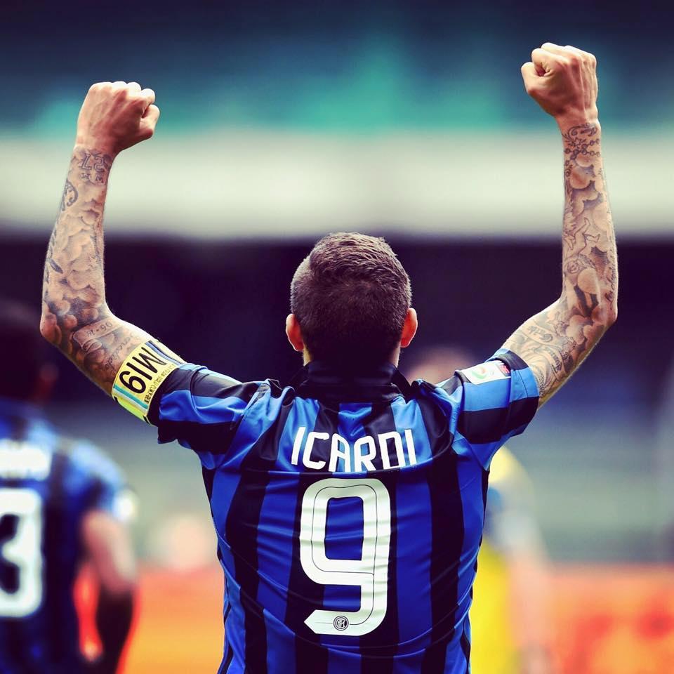 I tifosi dell'Inter con Icardi: «Contano più 4mila ultras che 38mila tifosi»