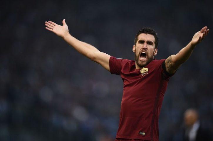 Strootman: «Chiedo scusa per il gesto dell'acqua. Sputi in tribuna allo Juventus Stadium»