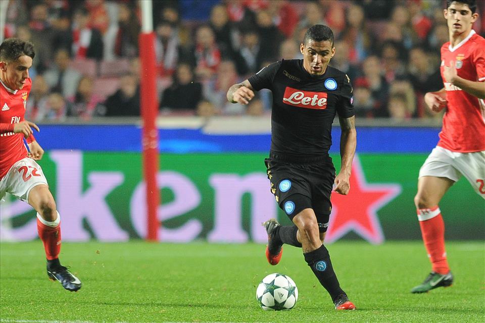 Vagheggi, agente Allan: «Sta bene a Napoli, ma ci sono club interessati a lui»