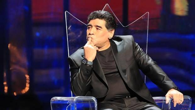Napoli in festa, cittadinanza onoraria a Maradona il 5 luglio